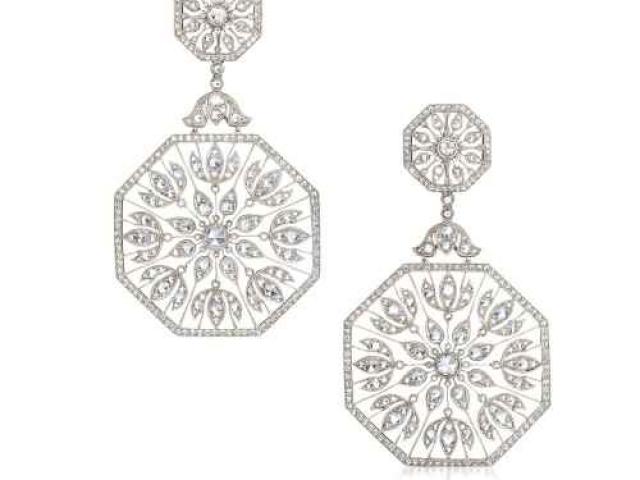 diamond earrings,custom earrings,free from earrings, diamond earrings near me, jewelry