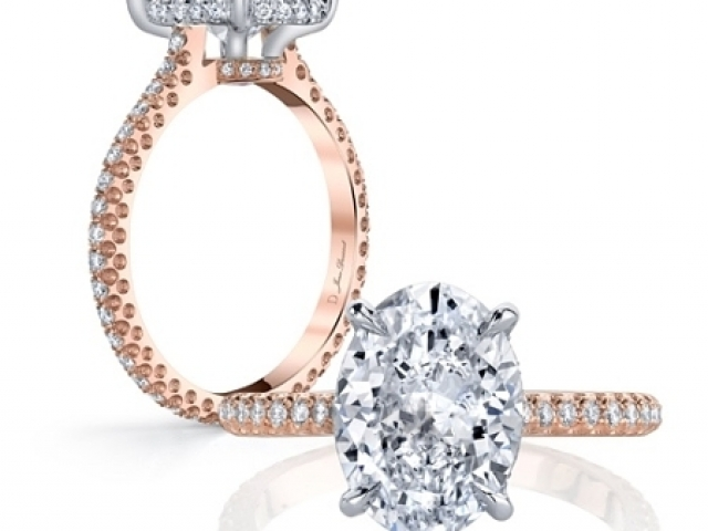 Diamond Solitaire Engagement ring oval shaped diamond